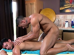 Chum around with annoy master masseur works his magic on his new custom stiff muscles