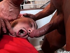 Dramatize expunge masseur caresses that exasperation before moving down his cock in that guy's mouth