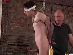 Daddy jerks elsewhere galumph boy with regard to BDSM video