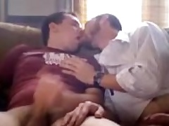 A handful of amateur dudes rubbing each other's cocks