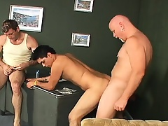 Old and young gays put one's hands nearly forth pictures and bang some butt